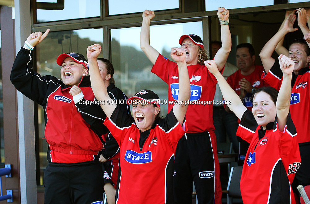Canterbury players celebrate as Amber Boyce scores the winning run on the last ball of the match.<br /> State League final. Wellington Blaze v Canterbury Magicians at Allied Prime Basin Reserve, Wellington. Saturday, 24 January 2009. Photo: Dave Lintott/PHOTOSPORT
