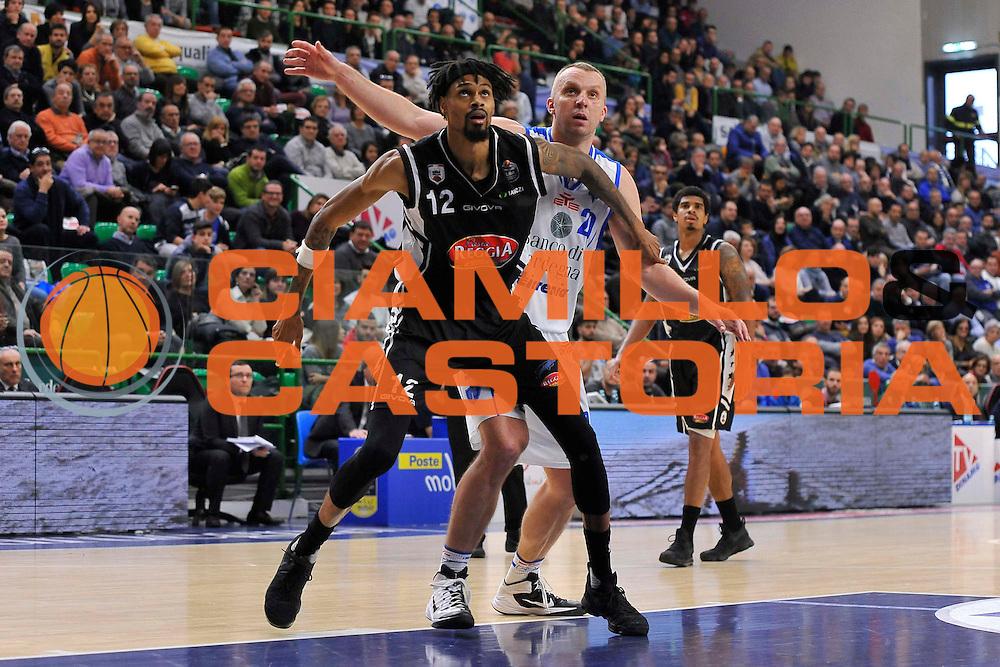 SASSARI 08 Gennaio 2017<br /> Banco di Sardegna Dinamo Sassari - Pasta Reggia Juve Caserta<br /> NELLA FOTO Dusko Savanovic Raphiael Putney<br /> FOTO CIAMILLO