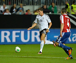 14.08.2013, Fritz Walter Stadion, Kaiserslautern, GER, Testspiel, Deutschland vs Paraguay, im Bild Mario Gomez (GER) am Ball Aktion // during the international friendly match between Germany and Paraguay at Fritz Walter Stadium, Kaiserslautern, Germany on 2013/08/14. EXPA Pictures &copy; 2013, PhotoCredit: EXPA/ Eibner/ Michael Weber<br /> <br /> ***** ATTENTION - OUT OF GER *****