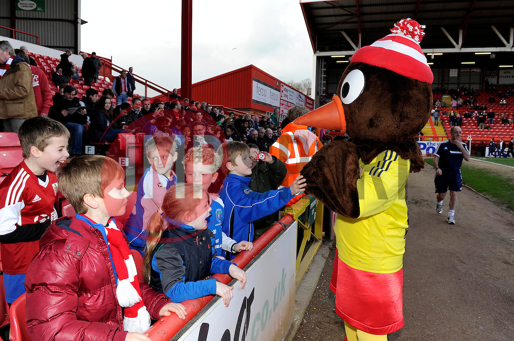 Bristol City mascot, Scrumpy interacts with some young fans - Photo mandatory by-line: Dougie Allward/JMP - Tel: Mobile: 07966 386802 01/03/2014 - SPORT - FOOTBALL - Bristol - Ashton Gate - Bristol City v Gillingham - Sky Bet League One