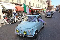 20120519 RADUNO FIAT 500 PIAZZA TRENTO TRIESTE 2012