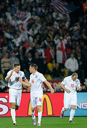 12.06.2010, Royal Bafokeng Stadium, Rustenburg, RSA, FIFA WM 2010, England (ENG) vs USA (USA), im Bild L'esultanza dei giocatori dell'Inghilterra per il gol dell'1-0 di Steven Gerrard  .England players celebrate their teammate Stenen Gerrard's 1-0 leading goal.. EXPA Pictures © 2010, PhotoCredit: EXPA/ InsideFoto/ Giorgio Perottino / SPORTIDA PHOTO AGENCY