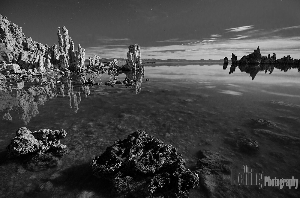 Nightime view from the shores of Mono Lake in the Eastern Sierras