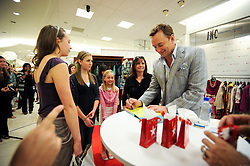 Macy's Fashion Director with Clinton Kelly. Meet and greet with Clinton Kelly at SouthPark Mall, Charlotte, NC.  <br /> photo by Laura Mueller<br /> www.lauramuellerphotography.com