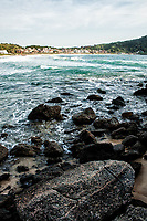 Praia de Quatro Ilhas. Bombinhas, Santa Catarina, Brasil. / <br /> Quatro Ilhas Beach. Bombinhas, Santa Catarina, Brazil.