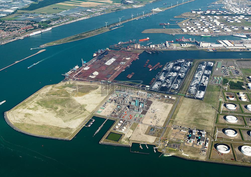 Europoort met EECV, indorama en Dintelhaven