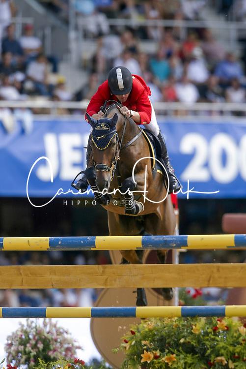 Govoni Gianni (ITA) - Loro Piana Havinia<br /> Nations Cup round 1<br /> World Equestrian Games Jerez de la Fronteira 2002<br /> Photo © Hippo Foto - Dirk Caremans