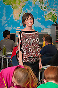 Liz Goodman teaches 5th graders at River Oaks Elementary School, May 6, 2013.