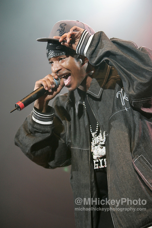 Chingy performs at RadioNow 93.1's Santa Slam at the Pepsi Coliseum in Indianapolis, IN on Dec 2, 2004. Photo by Michael Hickey