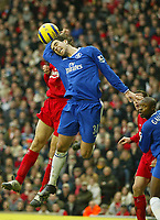 Fotball<br /> Premier League England 2004/2005<br /> Foto: SBI/Digitalsport<br /> NORWAY ONLY<br /> <br /> Liverpool v Chelsea<br /> FA Barclays Premiership, Anfield, 01/01/05<br /> <br /> Chelsea's Tiago handles the ball in the area but Liverpool's claims for a penalty were turned down
