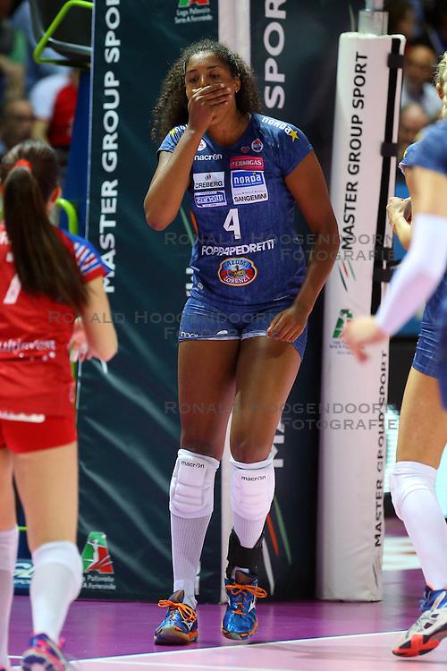 20-04-2016 ITA: Foppapedretti Bergamo - Nordmeccanica Piacenza, Bergamo<br /> Semi Final play-offs / Celeste Plak<br /> <br /> ***NETHERLANDS ONLY***