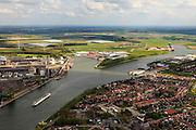 Nederland, Zeeland, Zeeuws-Vlaanderen, 09-05-2013; cruiseschip op Kanaal Gent-Terneuzen, ter hoogte van Sluiskil. Gezien naar Sas van Gent. Links stikstofbindingsbedrijf Yara, fabricage van kunstmest, ammoniak, ureum, salpeterzuur, CO2 (kooldioxide).<br /> Cruise ship on the Gent-Terneuzen canal in the south of the province Zeeland. Yara, nitrogen compound company manufactures fertilizer, ammonia, urea, nitric acid, CO2 (carbon dioxide)<br /> luchtfoto (toeslag op standard tarieven)<br /> aerial photo (additional fee required)<br /> copyright foto/photo Siebe Swart