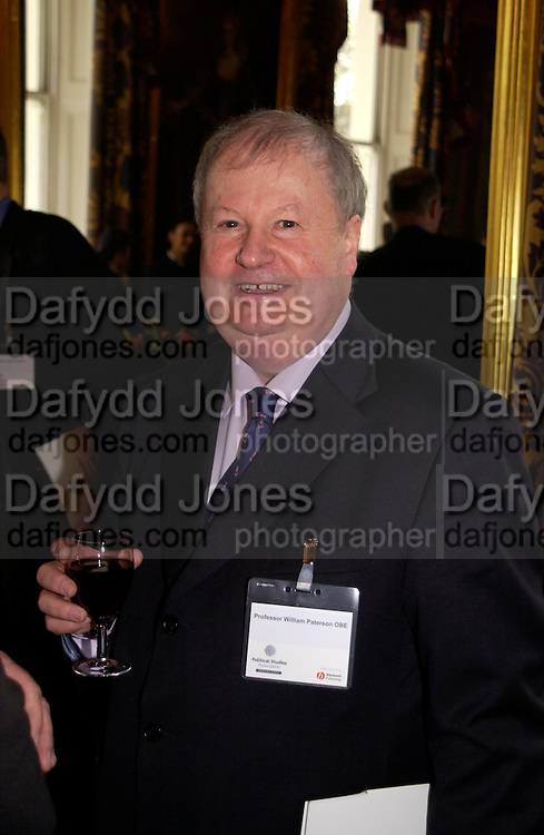 Professor William Paterson, Political Studies Association Awards 2004. Institute of Directors, Pall Mall. London SW1. 30 November 2004.  ONE TIME USE ONLY - DO NOT ARCHIVE  © Copyright Photograph by Dafydd Jones 66 Stockwell Park Rd. London SW9 0DA Tel 020 7733 0108 www.dafjones.com