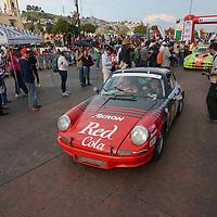 Toluca, México (Octubre 16, 2016).- Los competidores de la XXIX edición de la Carrera Panamericana  arribaron a la ciudad de Toluca, la competencia inicio el 13 de octubre en el estado de Querétaro, y finalizara el 20 de octubre en Durango.  Agencia MVT / Crisanta Espinosa.