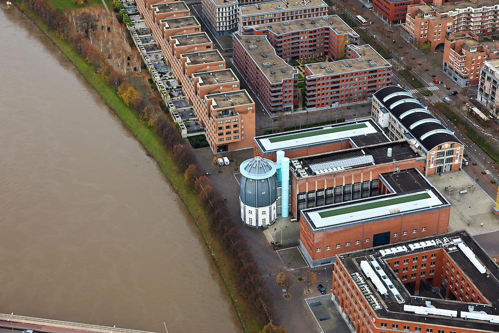 Nederland, Limburg, Maastricht, 15-11-2010;.Bonnefantenmuseum aan de Maas in Maastricht. The Bonnefantenmuseum at the border of the Meuse in Maastricht. .luchtfoto (toeslag), aerial photo (additional fee required).foto/photo Siebe Swart
