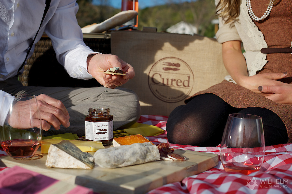 17 APR 2012: Will and Coral Frischkorn of Cured during a picnic in Boulder, CO. ©2012 Brett Wilhelm