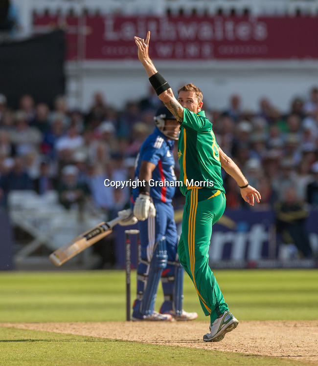 Dale Steyn appeals as Samit Patel is out during the fifth and final NatWest Series one day international between England and South Africa at Trent Bridge, Nottingham. Photo: Graham Morris (Tel: +44(0)20 8969 4192 Email: sales@cricketpix.com) 05/09/12