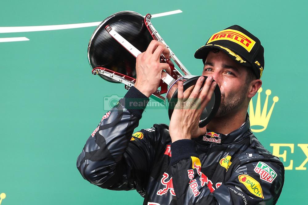 Formel 1: Grosser Preis der USA in Austin, Renntag / 231016<br /> <br /> ***Daniel Ricciardo (AUS) Red Bull Racing RB12.<br /> 23.10.2016. Formula 1 World Championship, Rd 18, United States Grand Prix, Austin, Texas, USA, Race Day.<br /> ***