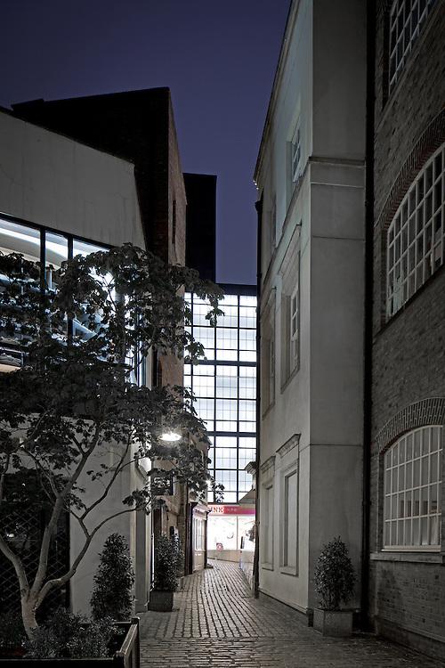 victoria secrets, london, england, uk, building, exterior, dusk, night, lighting, retail