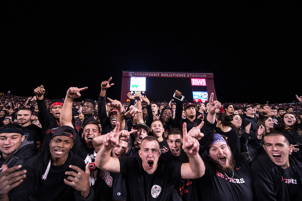 The Rutgers Scarlet Knights take on the Michigan State Spartans at High Point Solutions Stadium on Saturday night, October 10, 2015.<br /> Ben Solomon/Rutgers Athletics