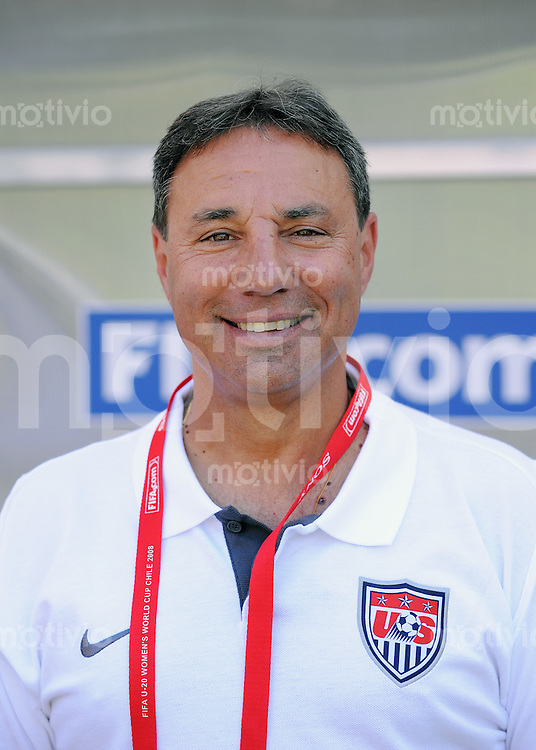 Fussball Frauen FIFA U 20  Weltmeisterschaft 2008     19.11.2008 Frankreich - USA USA Trainer Tony Dicicco