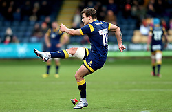 Ryan Mills of Worcester Warriors kicks a conversion - Mandatory by-line: Robbie Stephenson/JMP - 28/01/2017 - RUGBY - Sixways Stadium - Worcester, England - Worcester Warriors v Harlequins - Anglo Welsh Cup