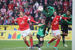 01.12.2012, Coface Arena, Mainz, GER, 1. FBL, 1. FSV Mainz 05 vs Hannover 96, 15. Runde, im Bild Nikolce Noveski (MZ) gegen Mame Biram Diouf (H96) // during the German Bundesliga 15th round match between 1. FSV Mainz 05 and Hannover 96 at the Coface Arena, Mainz, Germany on 2012/12/01. EXPA Pictures © 2012, PhotoCredit: EXPA/ Eibner/ Matthias Neurohr..***** ATTENTION - OUT OF GER *****