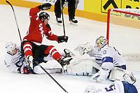 Nathan Mackinnon / Anthony rech - 09.05.2015 - Canada  / France  - Championnats du Monde de Hockey sur Glace 2015 -Prague<br />Photo : Xavier Laine / Icon Sport *** Local Caption ***