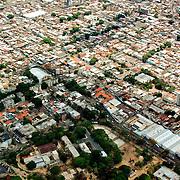 CARACAS AIR / CARACAS AEREA<br /> Photography by Aaron Sosa<br /> Caracas - Venezuela 2004<br /> (Copyright © Aaron Sosa)
