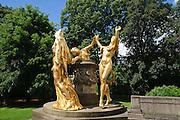 Mozart-Denkmal von Hermann Hosaeus, Bürgerwiese, Dresden, Sachsen, Deutschland.|.Mozart memorial, Dresden, Germany