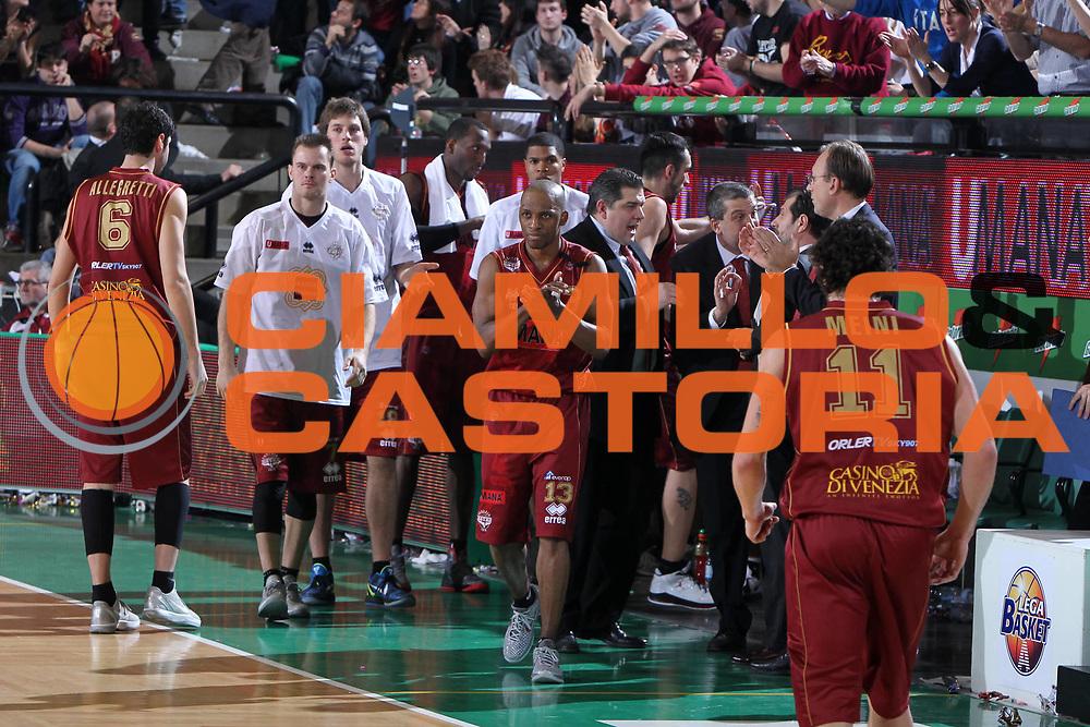 DESCRIZIONE : Treviso Lega A 2011-12 Umana Venezia Montepaschi Siena<br /> GIOCATORE : Alvin Young<br /> SQUADRA : Umana Venezia Montepaschi Siena<br /> EVENTO : Campionato Lega A 2011-2012 <br /> GARA : Umana Venezia Montepaschi Siena<br /> DATA : 29/01/2012<br /> CATEGORIA : Esultanza<br /> SPORT : Pallacanestro <br /> AUTORE : Agenzia Ciamillo-Castoria/G.Contessa<br /> Galleria : Lega Basket A 2011-2012 <br /> Fotonotizia : Treviso Lega A 2011-12 Umana Venezia Montepaschi Siena<br /> Predfinita :
