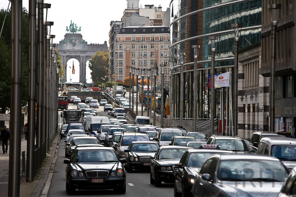 BRUSSELS - BELGIUM - 2 OCTOBER 2008 -- Traffic on the Rue de la Loi towards the city center passing the EU Institutions.  Photo Erik LUNTANG / EUP-Images