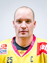 21.08.2013, Albert Schultz Halle, Wien, AUT, EBEL, Spielerportraits UPC Vienna Capitals, im Bild Benoit Gratton , (UPC Vienna Capitals, #25)// during UPC Vienna Capitals Player Portrait Session at the Albert Schultz Halle, Wien, Austria on 2013/08/21. EXPA Pictures © 2013, PhotoCredit: EXPA/ Sebastian Pucher