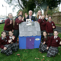 """Focus Ireland and Mary Immaculate College Limerick launch educational resource aimed at creating a better understanding of homelessness among primary school students while also breaking down negative stereotypes <br />Minister for Children, Brendan Smith, T.D. has launched Focus Ireland's education resource for primary school students at an event in Mary Immaculate College, Limerick. The primary school resource is aimed at teaching children the reasons people become homeless while also challenging the negative stereotypes some young people may have about people who are homeless. The resource is called """"No Place Like Home"""" and it is the first of its kind on the national curriculum directly aimed at 5th and 6th class children our picture shows from left: Sharon Gardiner, Josy Hannon, Kelly Grimes, Dylan Desmond, Dawn Ray, Special Needs Teacher, Minister Brendan Smith T.D, Beth Hickey, Teacher and author of No Place like Home, Claire Markham, Victoria Johnson, Daniel Meehan and Sarah Jayne McInnerney.<br />Picture Credit: Brian Gavin/Press 22"""