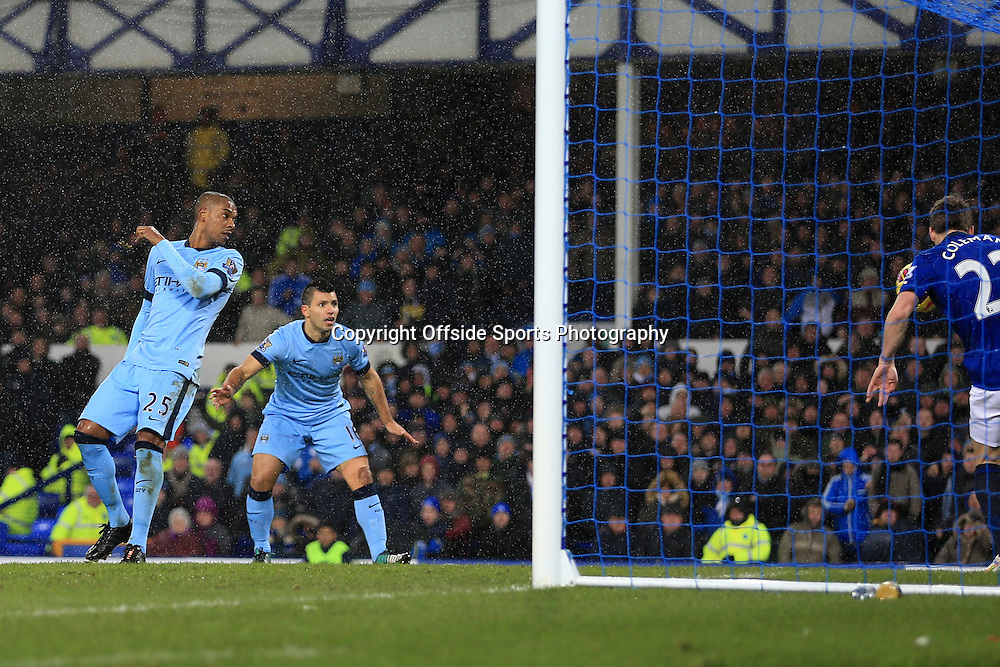 10th January 2015 - Barclays Premier League - Everton v Manchester City - Fernandinho of Man City scores their 1st goal - Photo: Simon Stacpoole / Offside.