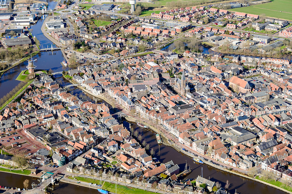 Nederland, Friesland, gemeente Dongeradeel, 28-02-2016; binnenstad van Dokkum, met bolwerk, bastions en stellingmolens. Beschermd stadsgezicht.<br /> Dokkum, small town in the very North of Friesland.<br />  <br /> luchtfoto (toeslag op standard tarieven);<br /> aerial photo (additional fee required);<br /> copyright foto/photo Siebe Swart