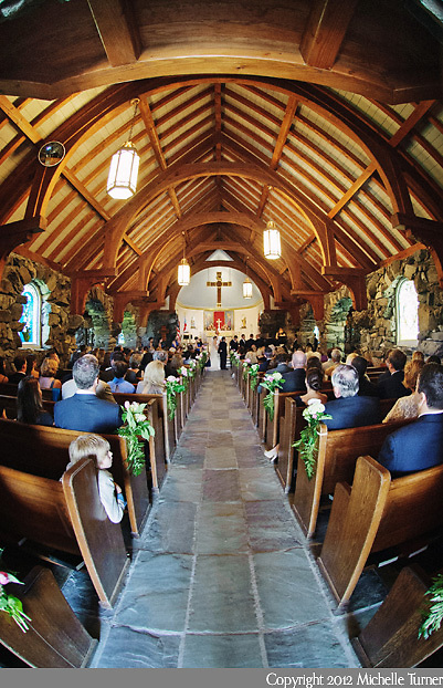 Nonantum Wedding.  Images by Maine Wedding Photographer Michelle Turner.