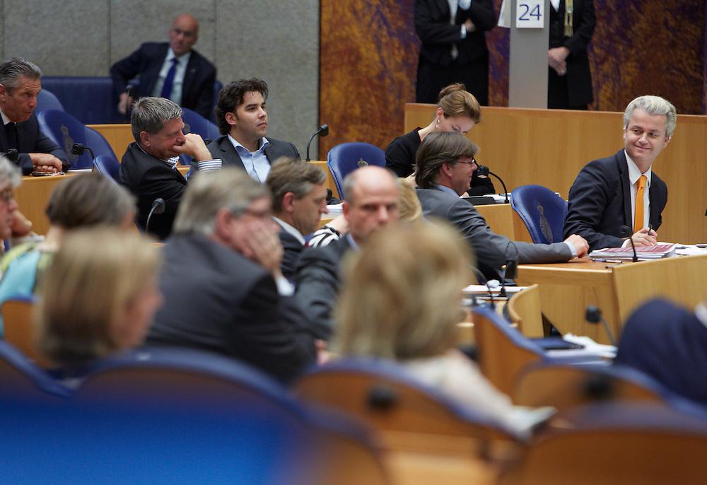 Nederland. Den Haag, 24 mei 2012.<br /> PVV Geert Wilders in de Tweede Kamer Verantwoordingsdebat, nav de derde woensdag in mei, tweede kamer, politiek, parlement, <br /> Foto : Martijn Beekman