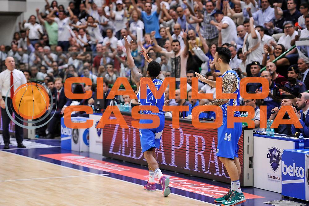 DESCRIZIONE : Campionato 2014/15 Serie A Beko Dinamo Banco di Sardegna Sassari - Grissin Bon Reggio Emilia Finale Playoff Gara4<br /> GIOCATORE : Edgar Sosa<br /> CATEGORIA : Ritratto Esultanza<br /> SQUADRA : Dinamo Banco di Sardegna Sassari<br /> EVENTO : LegaBasket Serie A Beko 2014/2015<br /> GARA : Dinamo Banco di Sardegna Sassari - Grissin Bon Reggio Emilia Finale Playoff Gara4<br /> DATA : 20/06/2015<br /> SPORT : Pallacanestro <br /> AUTORE : Agenzia Ciamillo-Castoria/L.Canu