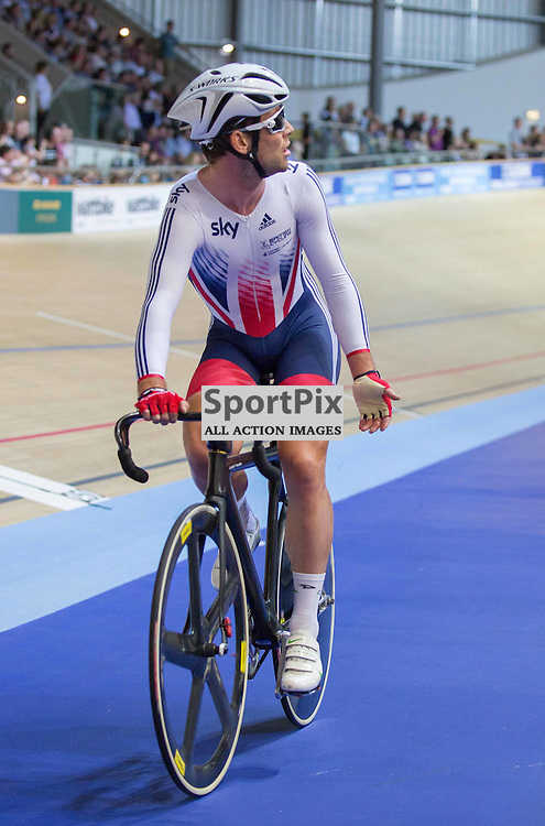 Mark Cavendish queries the result of the Men's Omnium Elimination race at the Revoultion Series 2015/6 Round 1 Derby, Day 2, on 15 August 2015 ( (Photo by Mike Poole - Photopoole)