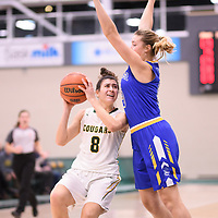 1st year guard Carolina Goncalves (8) of the Regina Cougars during the Women's Basketball home game on November 24 at Centre for Kinesiology, Health and Sport. Credit: Arthur Ward/Arthur Images