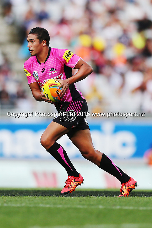 Te Maire Martin of the Panthers in action during Day 1 of the NRL Auckland Nines Rugby League Tournament, Eden Park, Auckland, New Zealand. Saturday 6 February 2016. Photo: Anthony Au-Yeung / www.photosport.nz