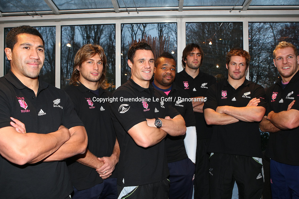 Rugby : Conference Presse Adidas - Rencontre All Blacks et Stade Francais - 01.12.2010 - Mils Muliaina / Dimitri Szarzweski / Dan Carter / Mathieu Bastareaud / Sam Whiteclock / Richie McCaw / James Haskell