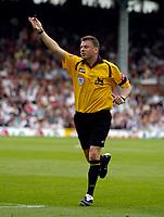 Photo: Daniel Hambury.<br />Fulham v Chelsea. The Barclays Premiership. 23/09/2006.<br />Referee Mark Halsey.