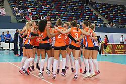 28-09-2017 AZE: CEV European Championship Italie - Nederland, Baku<br /> Nederland wint met 3-0 van Italie en staat in de halve finale / Vreugde bij Nederland na de 3-0 overwinning