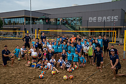 Kick-off TeamNL Beach Tour at the Beach fields at Sporthal de Basis in Sliedrecht. Team NL give a clinic at volleyball club Sliedrecht Sport. For the TeamNL Beach Tour project, the best beach volleyball players in the Netherlands go all over the country to give clinics and / or train at volleyball clubs on June 16, 2020 in Sliedrecht.