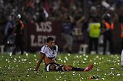 Jogadores da Ponte Preta lamentam derrota para o Lanus na Final da Copa Sul-Americana no Estádio La Fortaleza, em Lanús, Buenos Aires, na Argentina, no início da madrugada desta quinta-feira.  (Foto: Juani Roncoroni / Brazil Photo Press).