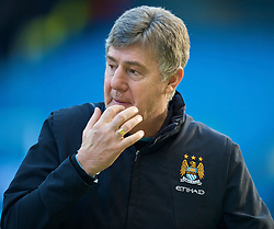 MANCHESTER, ENGLAND - Sunday, January 31, 2010: Manchester City's coach Brian Kidd during the Premiership match at the City of Manchester Stadium. (Photo by David Rawcliffe/Propaganda)