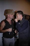 ROBERT CARY-WILLIAMS AND DAN MACMILLAN, Hope and Glory Photographs by Dennis Morris. Max Wigram Gallery. 99 New Bond St. 13 December 2005. ONE TIME USE ONLY - DO NOT ARCHIVE  © Copyright Photograph by Dafydd Jones 66 Stockwell Park Rd. London SW9 0DA Tel 020 7733 0108 www.dafjones.com