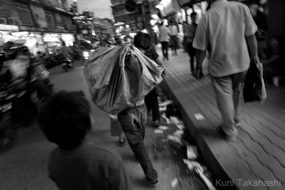 Street children in Kathmandu, Nepal, on May 2010.<br /> Photo by Kuni Takahashi